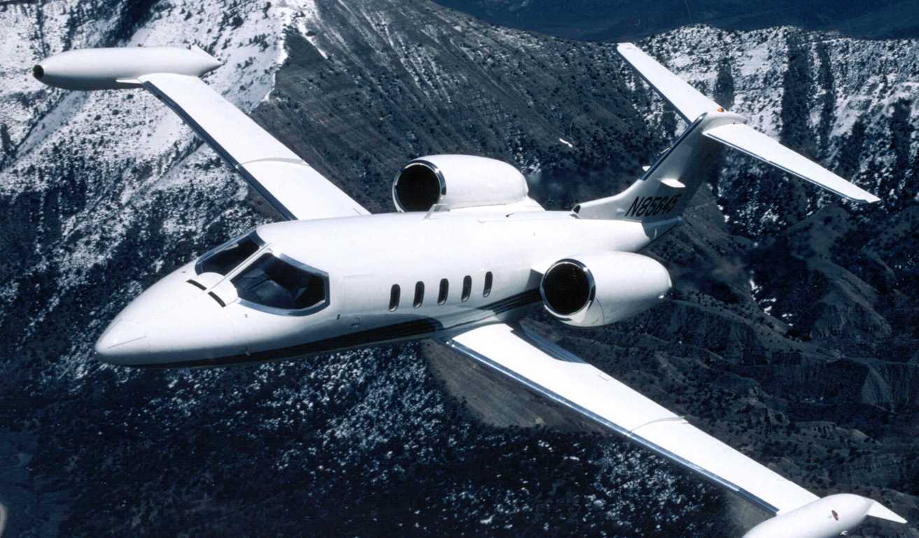 Learjet 35_Ext.jpg