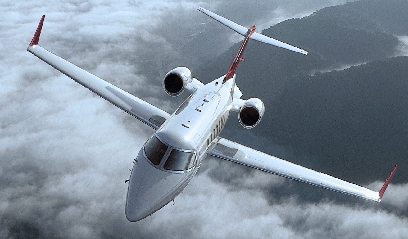 Learjet 40_Ext.jpg