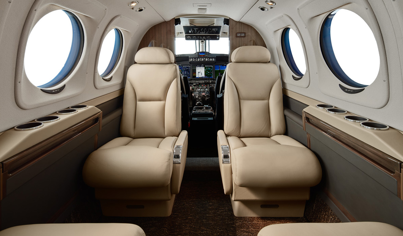 King Air C90GTx_Int_WEB.jpg