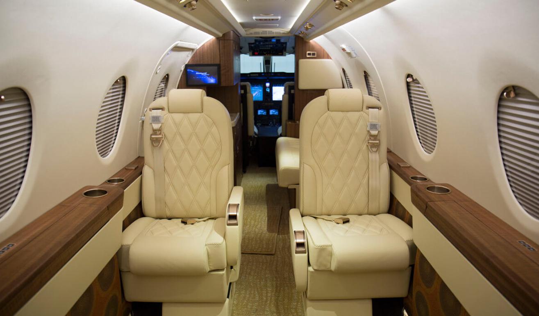 400xti-interior.jpg