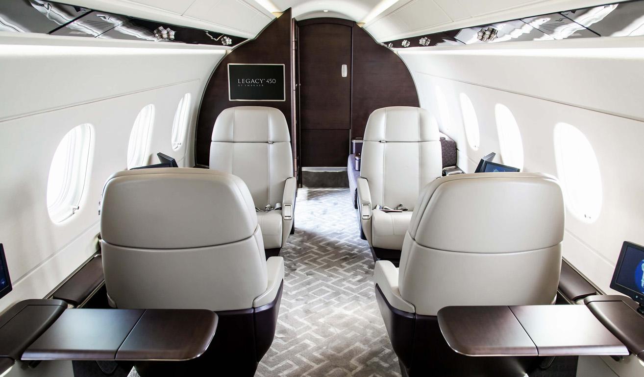 Embraer Legacy 450_interior.jpg