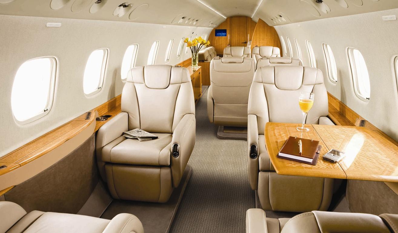 Embraer Legacy 600_interior.jpg