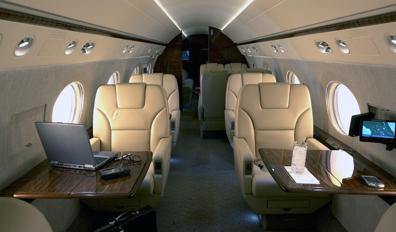Gulfstream 550_cabin.jpg