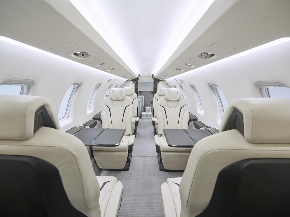 Pilatus PC-24 interior.jpg
